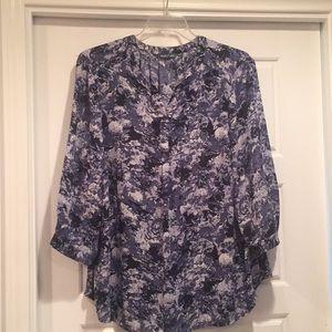 fleur bleue Tops - 3 for $20 watercolor print blue blouse